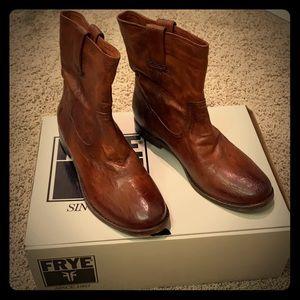 Frye Anna shortie womens boots